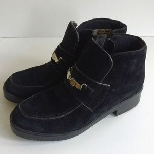 Hush Puppies Women Black Suede Zip-Up Boot…